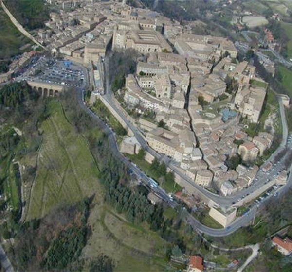 correlato_Centro Storico di Urbino