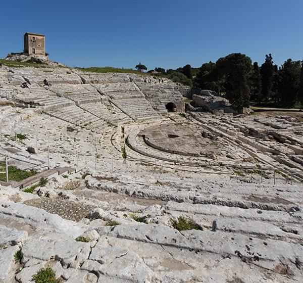 correlato_Siracusa e le necropoli rupestri di Pantalica